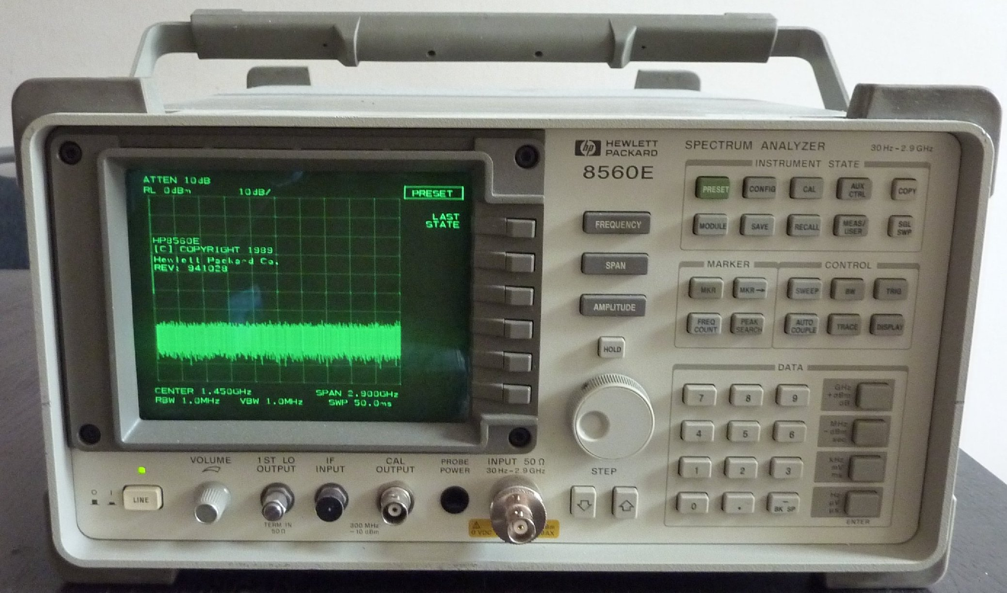 d u00e9tails annonce   analyseur spectre hp8560e   30hz