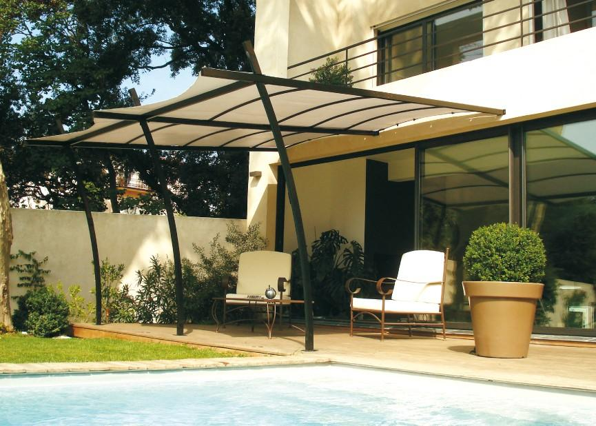 Cat gorie barnums pergola et tonnelle du guide et - Tonnelle adossee toile retractable ...
