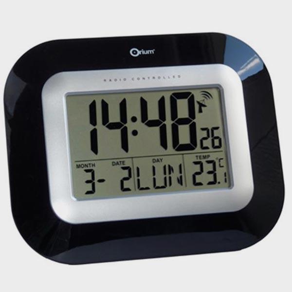 horloge date guide d 39 achat. Black Bedroom Furniture Sets. Home Design Ideas