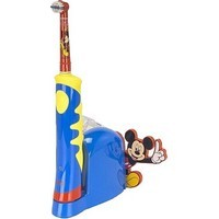 brosse dents enfant avec minuteur musical disney oral b. Black Bedroom Furniture Sets. Home Design Ideas
