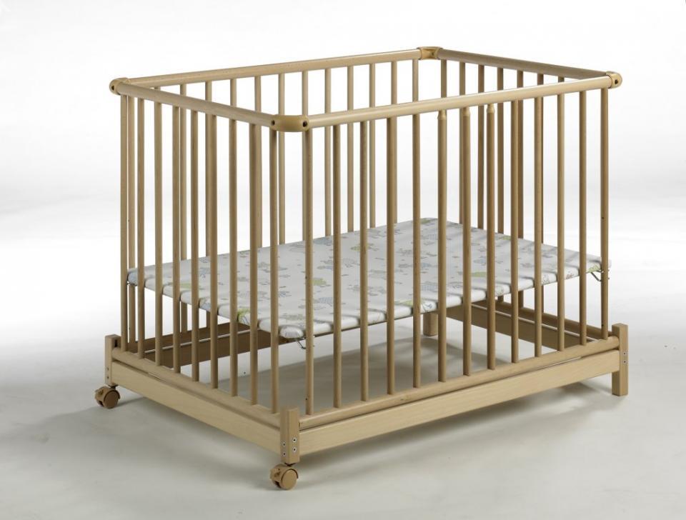geuther parc pliable bois naturel euro parc et tapis. Black Bedroom Furniture Sets. Home Design Ideas