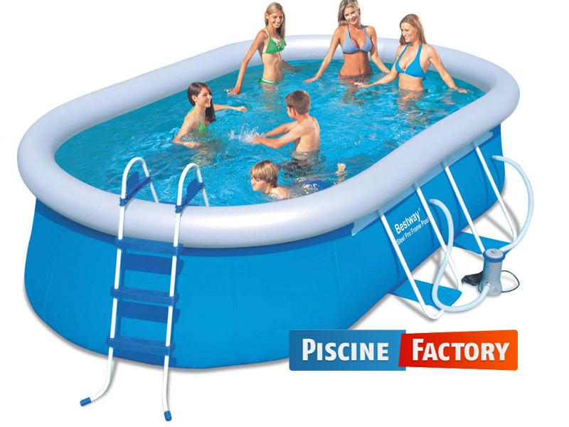 Jolie piscine ovale autoport e de r ve for Piscine intex autoportee ovale
