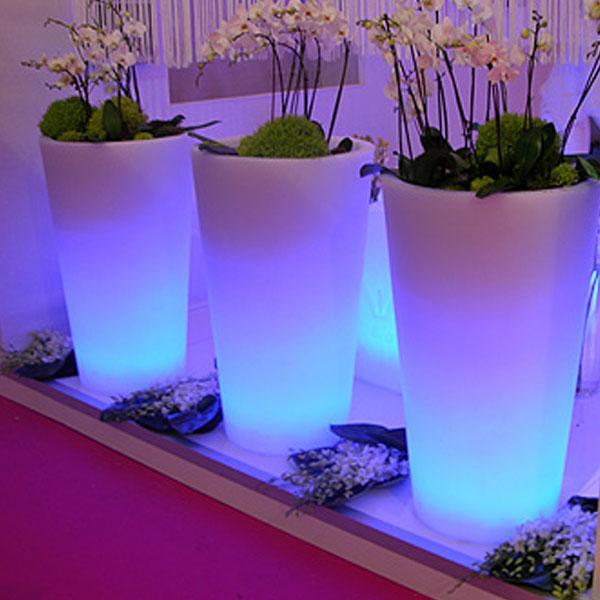Catgorie pot de fleur du guide et comparateur d 39 achat for Pot lumineux exterieur pas cher