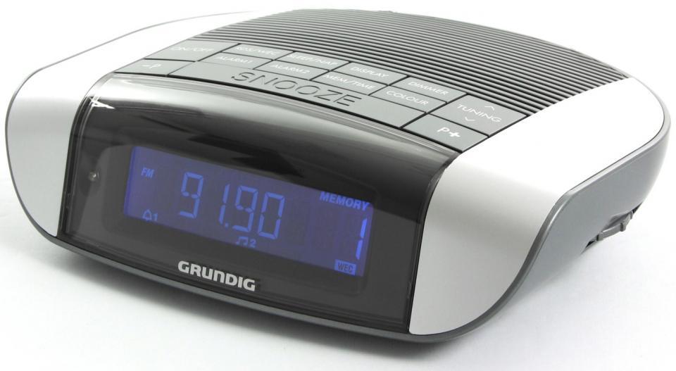 grundig sonoclock 660 catgorie radio rveil. Black Bedroom Furniture Sets. Home Design Ideas