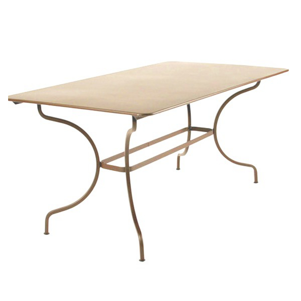 Fermob table manosque 4 6 personnes for Table jardin 4 personnes