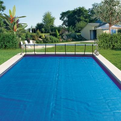 Cat gorie b ches couverture et liner du guide et for Bache a bulle sur mesure pour piscine