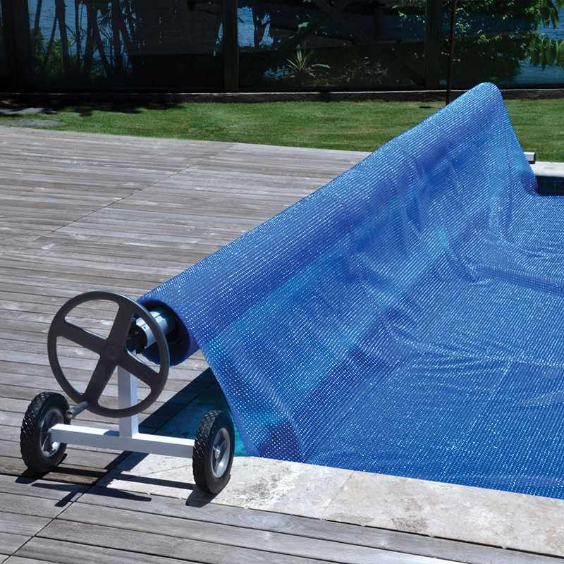 Catgorie bches couverture et liner du guide et comparateur for Enrouleur bache piscine
