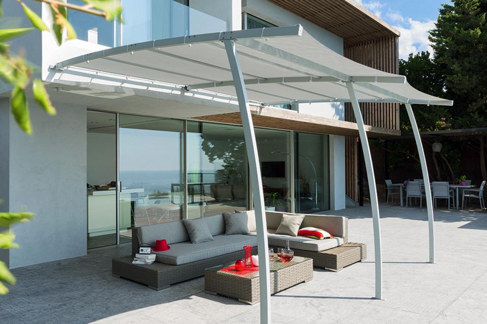 Cat gorie barnums pergola et tonnelle du guide et for Pergola bois sur mesure