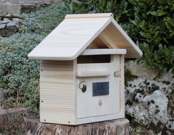 boite aux lettre en bois. Black Bedroom Furniture Sets. Home Design Ideas
