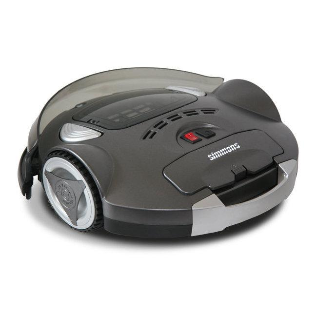 Chat sur robot aspirateur laveur